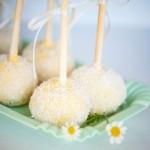 640_gele-cakepops-witte-topping
